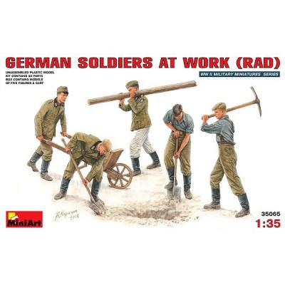 Figurines 2ème Guerre Mondiale : Soldats allemands au travail (RAD) - MiniArt-35065