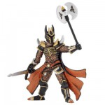 Figurine Chevalier triple hache