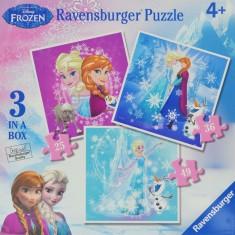 3 Puzzles de 25 à 49 pièces : La Reine des neiges Frozen : Winter Magic