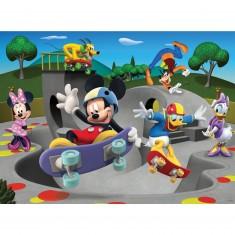 Puzzle 100 pièces XXL : Mickey et ses amis au skate parc
