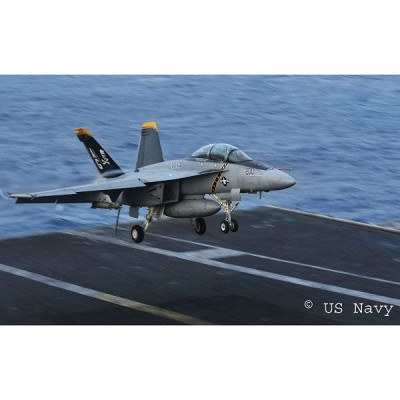 Maquette avion: F/A-18F Super Hornet Twinseater - Revell-04864