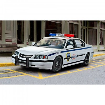 Maquette voiture de police Chevy Impala '05 - Revell-07068