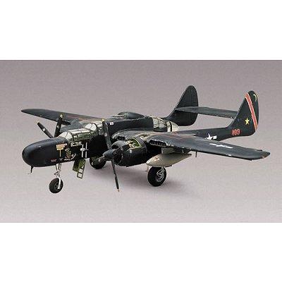 Maquette avion: P-61 Black Widow - Revell-85-17546