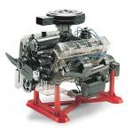 Maquette voiture: Visible V-8 Engine