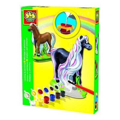kit de moulage en pl tre chevaux fantaisies jeux et. Black Bedroom Furniture Sets. Home Design Ideas