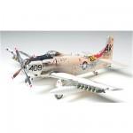 Maquette avion: Douglas A-1H Skyraider US Navy