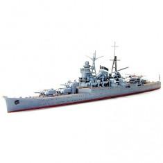 Maquette bateau: Croiseur lourd japonais Kumano