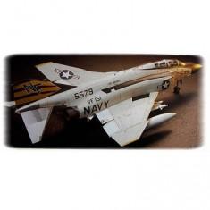 Maquette avion: McDonnel Douglas F-4J Phantom II