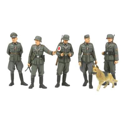 Figurines 2ème Guerre Mondiale : Police militaire allemande - Tamiya-35320