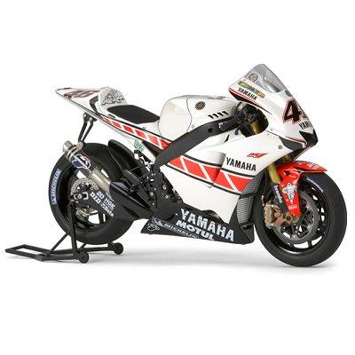Maquette Moto: Yamaha YZR-M1 : 50ème anniversaire Valencia Edition No. 46 - Tamiya-14115