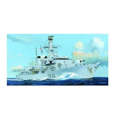 Maquette bateau : Frégate Britannique type 23 HMS Montrose (F236) - Trumpeter-TR04545