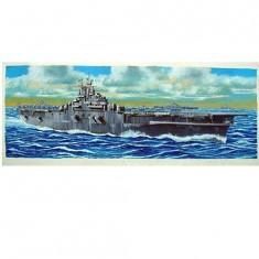 Maquette bateau: Porte-avions USS CV-13 Franklin 1944