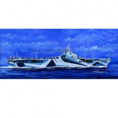 Maquette bateau: Porte-avions USS CV-14 Ticonderoga 1945