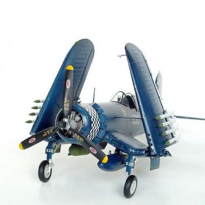 Maquette avion: U.S. Vought F4U-1D Corsair - Trumpeter-TR02221