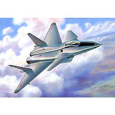 Maquette avion: MiG 144 Russian Multi Role Fighter - Zvezda-7252