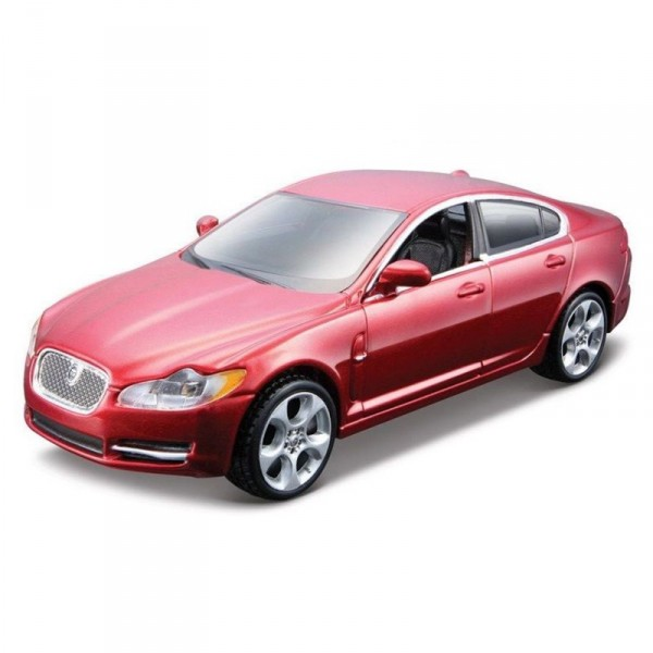 Maquette voiture : Metal Kit : Jaguar XF - BBurago-45110-45124