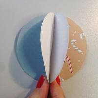 Des boules de Noël en papier à customiser - Image n°5
