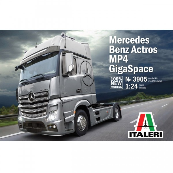 Maquette camion : Mercedes Benz Actros Gigaspace - Italeri-3905
