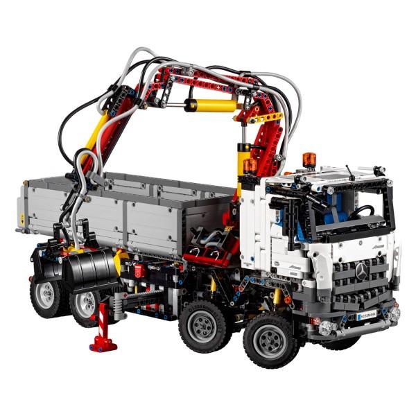 lego 42043 technic camion mercedes benz arocs 3245. Black Bedroom Furniture Sets. Home Design Ideas