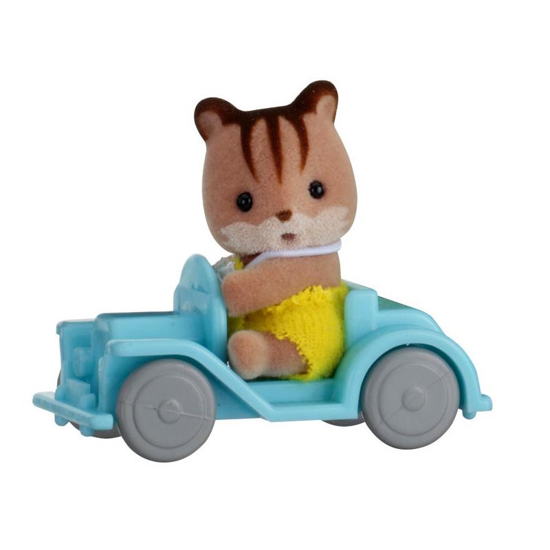 Sylvanian Family 5203 : Valisette figurine avec accessoires : Ecureuil et voiture