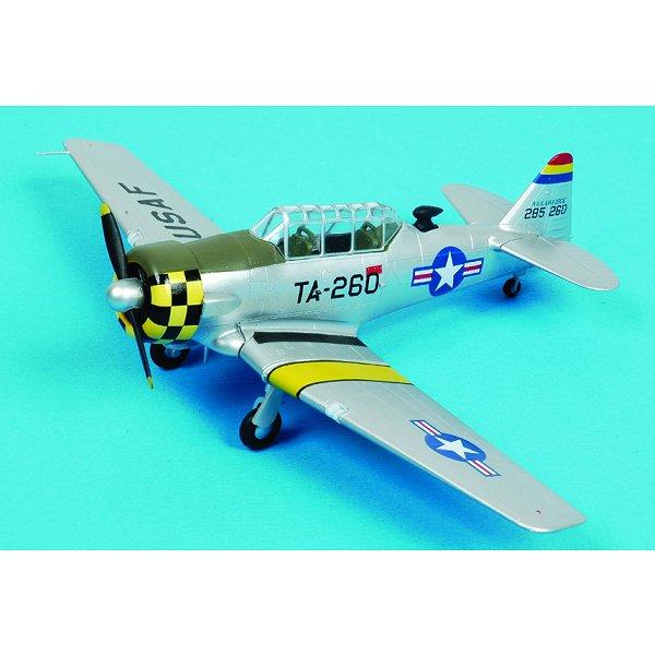 Modèle réduit : T-6G Texan : USAF 6147 TCS : Seoul City : Corée du Sud 1952