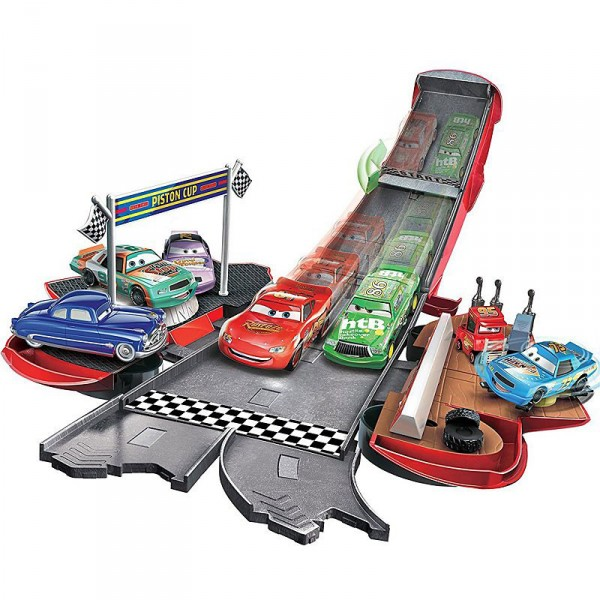 circuit voiture transformation cars mcqueen jeux et jouets mattel avenue des jeux. Black Bedroom Furniture Sets. Home Design Ideas