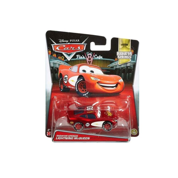 voiture cars flash mcqueen radiator springs jeux et jouets mattel avenue des jeux. Black Bedroom Furniture Sets. Home Design Ideas
