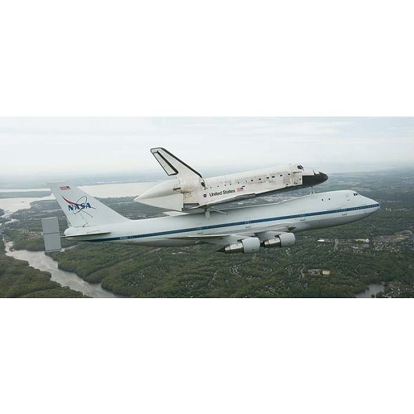 Maquette navette : Boeing 747 SCA & Space Shuttle - Revell-04863