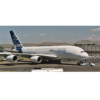 Maquette avion : Airbus A380 New  livery First Flight - Revell-04218