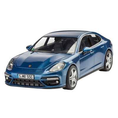 maquette voiture porsche panamera turbo revell rue des maquettes. Black Bedroom Furniture Sets. Home Design Ideas